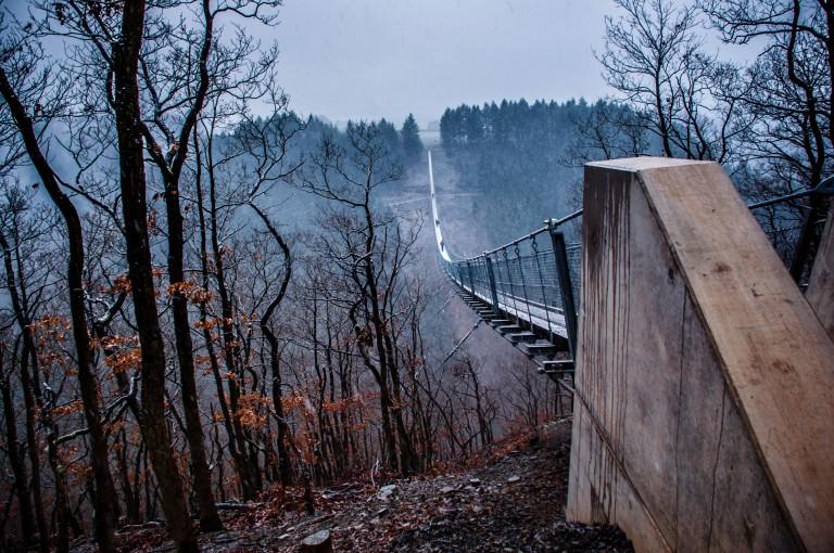 Name:  suspension bridge hängeseilbrücke geierlay  0407-Gemma-Geierlay-Germany's-Longest-Suspension-Bri.jpg Views: 3804 Size:  170.0 KB