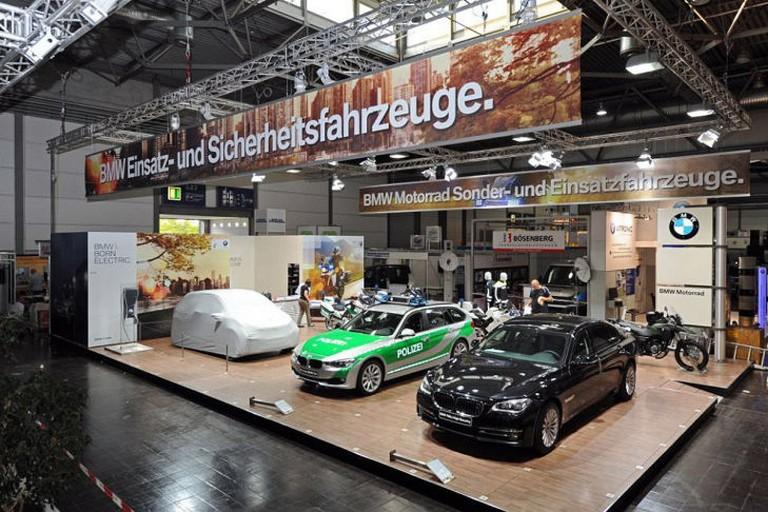 Name:  Polizei-Einsatz     BMW-7er-Polizei-729x486-26bdc82827c6b17e.jpg Views: 339 Size:  138.0 KB