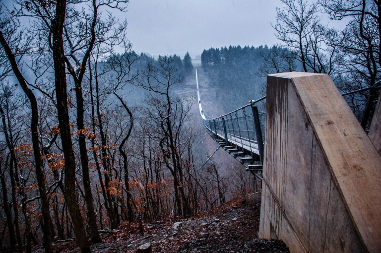 Name:  suspension bridge hängeseilbrücke geierlay  0407-Gemma-Geierlay-Germany's-Longest-Suspension-Bri.jpg Views: 3808 Size:  170.0 KB