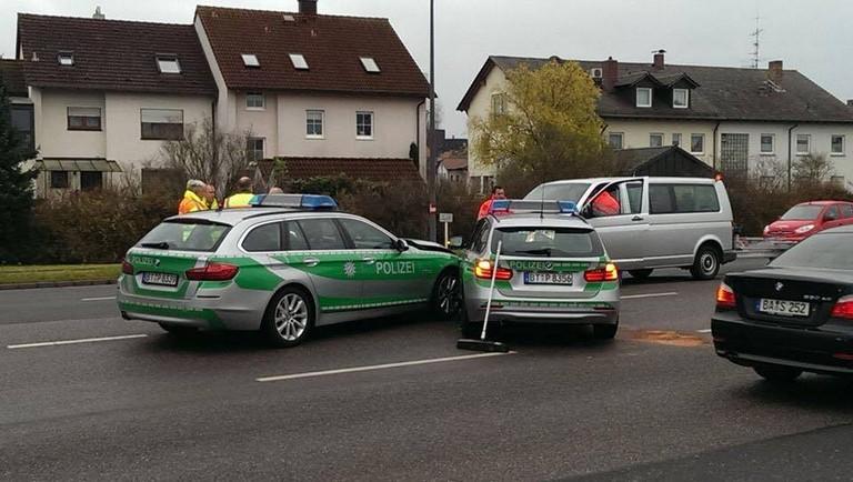 Name:  polizei crash.jpg Views: 405 Size:  98.9 KB
