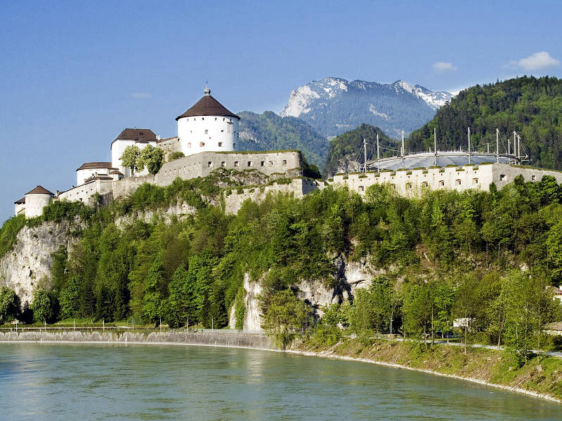 Name:  Tiroler Hof Kufstein   festung_Kufstein_tag.jpg