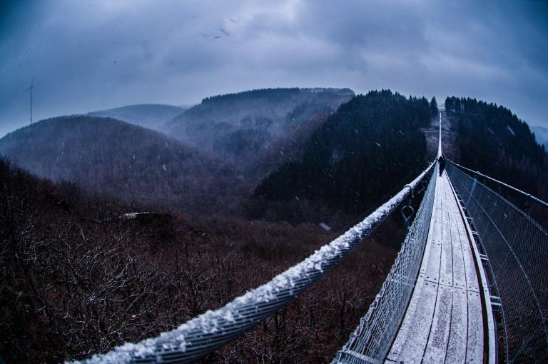 Name:  suspension bridge hängeseilbrücke geierlay  0414-Gemma-Geierlay-Germany's-Longest-Suspension-Bri.jpg Views: 3171 Size:  110.8 KB