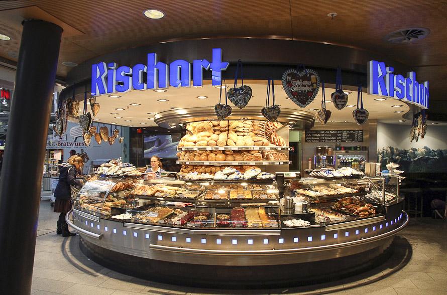 Name:  Cafe Rischart_2011.jpg Views: 3689 Size:  279.8 KB