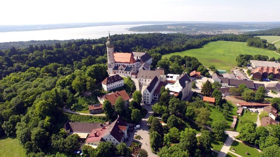 Name:  Kloster Andrechs11406952_10153334956172383_5282984285131791715_n.jpg Views: 6003 Size:  101.7 KB
