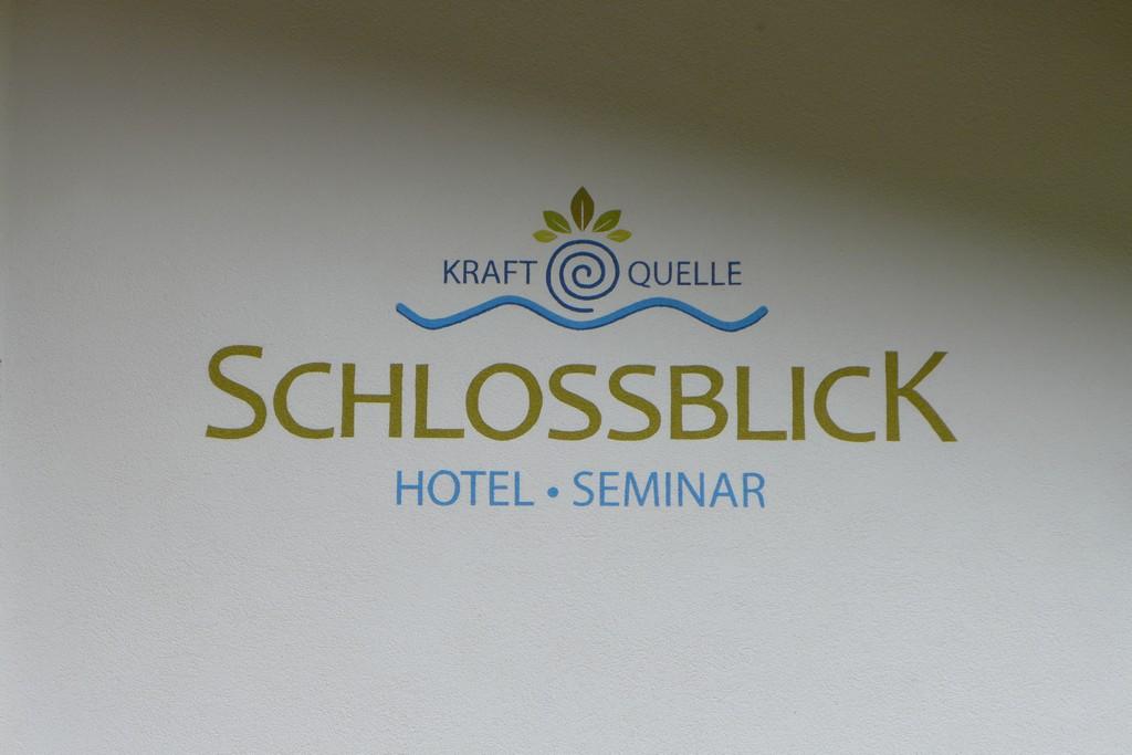 Name:  schloss Blick Hotel Kufstein   P1000990.jpg Views: 2427 Size:  144.2 KB