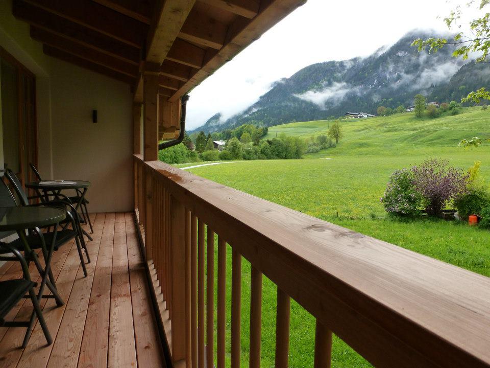 Name:  SchlossBlick Hotel near Kufstein, Austria599462_10151643354386171_1357125858_n.jpg Views: 2440 Size:  101.0 KB