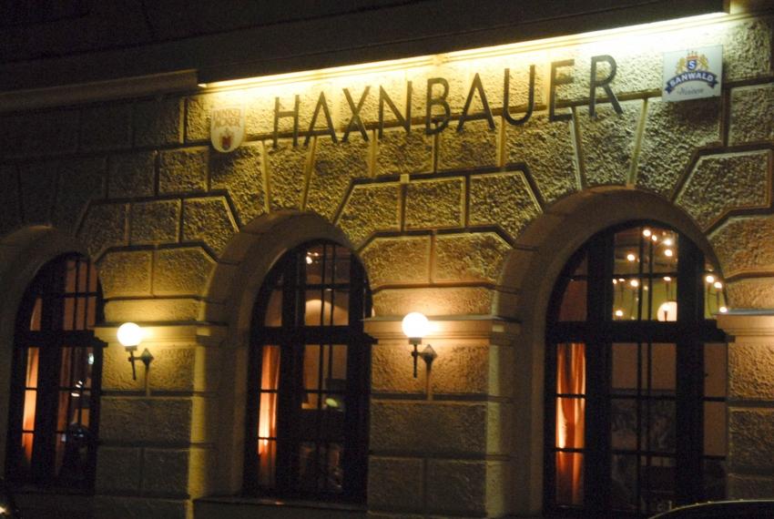 Name:  Haxnbauer im Scholastikahaus .jpg Views: 2393 Size:  412.3 KB