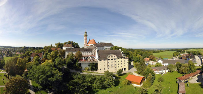 Name:  Kloster Andrechs mdb_109617_kloster_andechs_panorama_704x328.jpg Views: 2631 Size:  59.1 KB