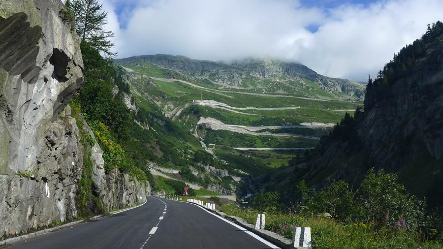 Name:  Furka Pass  P1080474.jpg Views: 1561 Size:  181.5 KB