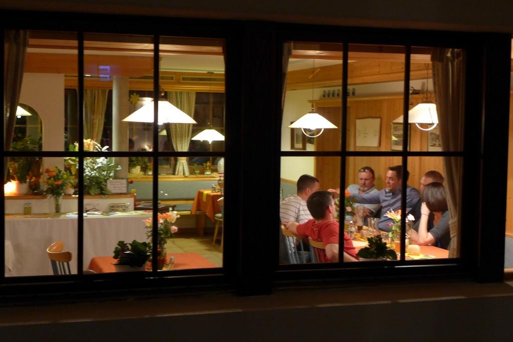 Name:  SchlossBlick Hotel near Kufstein, AustriaP1000936.jpg Views: 6412 Size:  150.4 KB