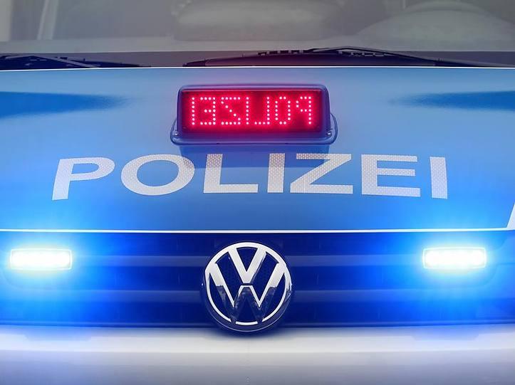 Name:  polizei blaulicht.jpg Views: 9735 Size:  37.3 KB