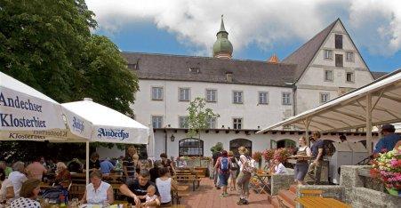 Name:  Kloster Andrechs  10_by_andechs_kloster_biergarten_roland_rossner_3_452x.jpg Views: 5671 Size:  33.9 KB